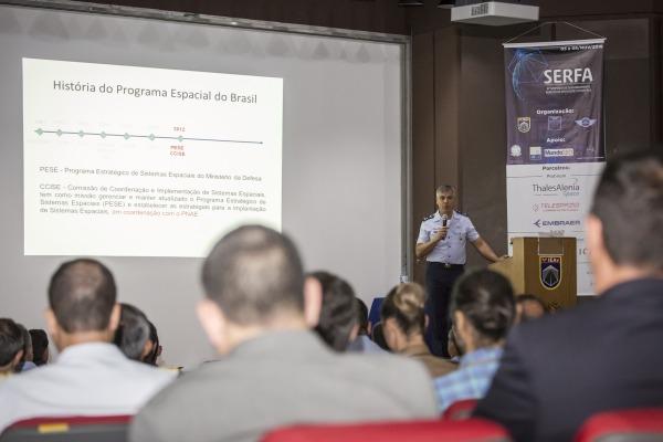 Simpósio discute tópicos do PESE relacionados a novas tecnologias espaciais
