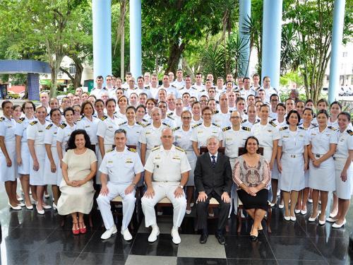 Escola de Guerra Naval realiza Cerimônia de Encerramento do Curso Superior