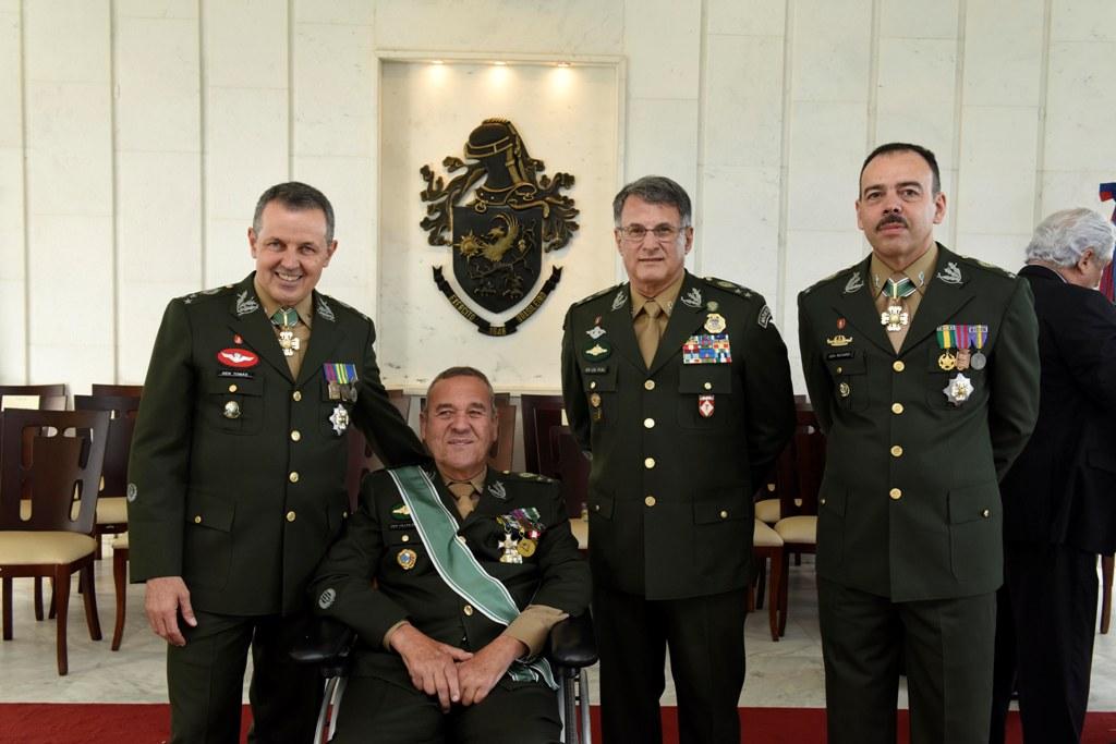 General de Divisão Richard assume Chefia do Gabinete do Comandante do Exército em solenidade, em Brasília