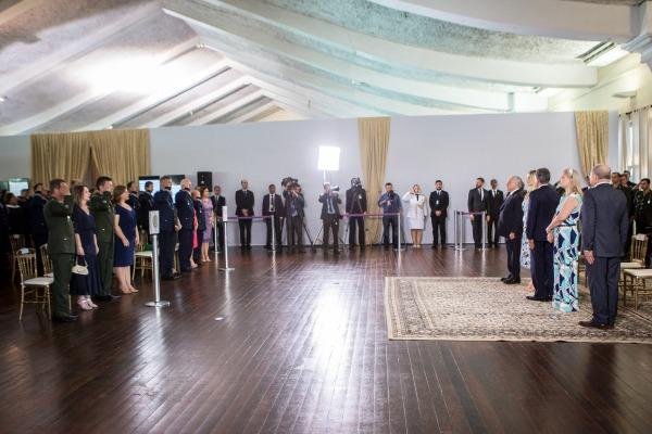 Oficiais-Generais recém-promovidos participam de cerimônia com o Presidente