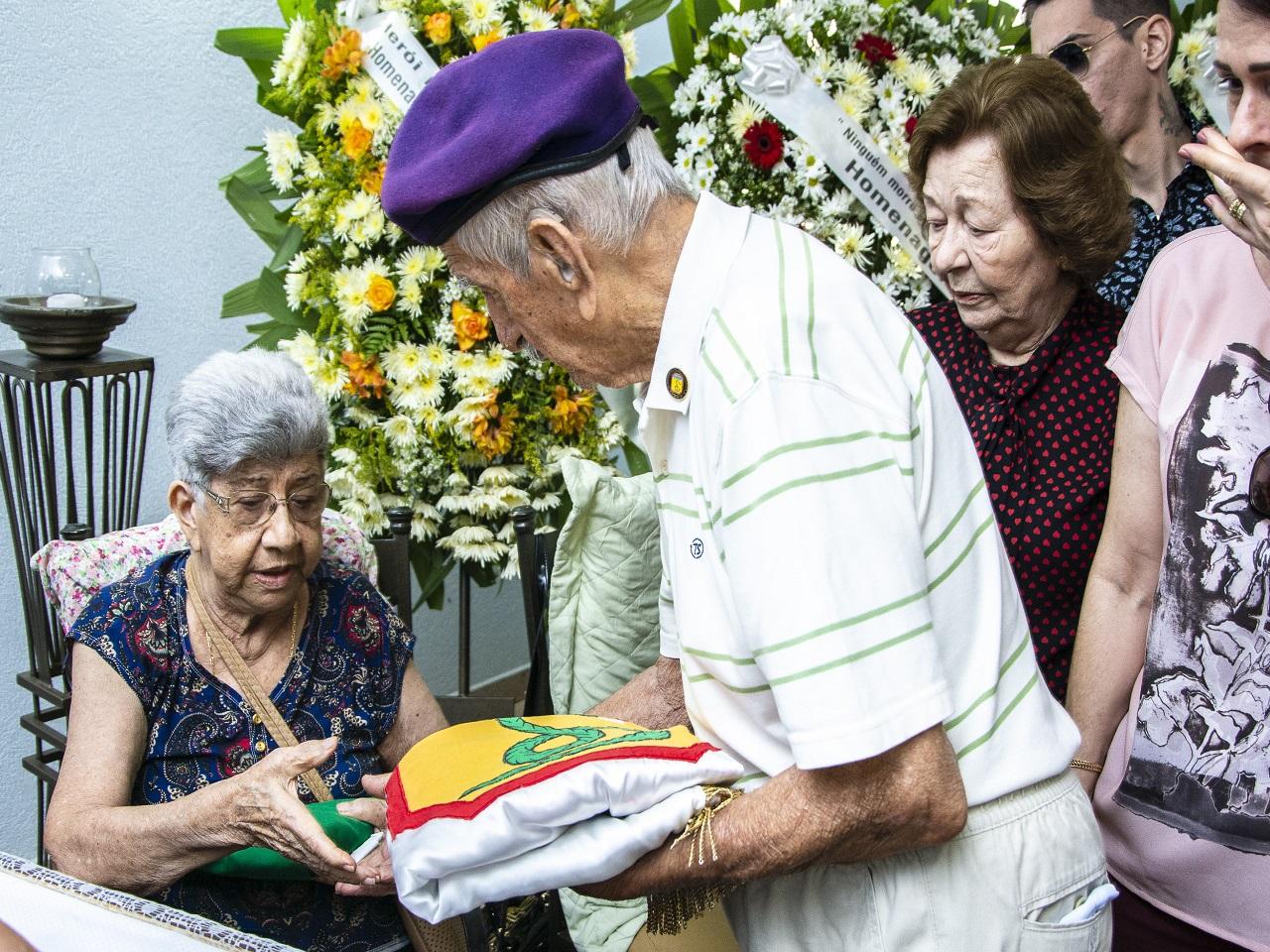 Veterano da Força Expedicionária Brasileira deixa saudades e é homenageado na Capital sul-mato-grossense