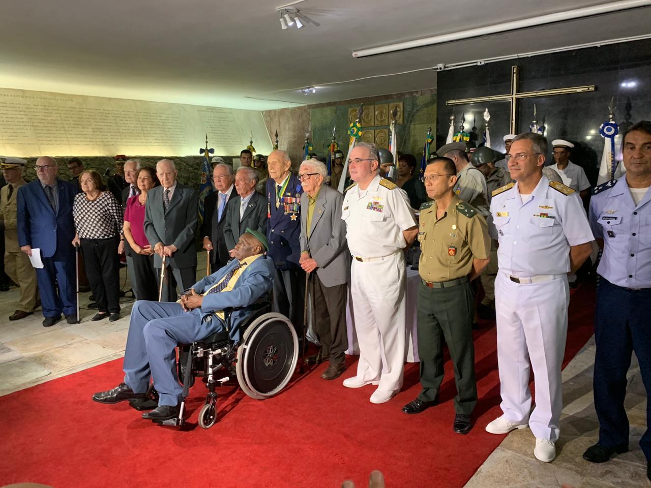 Marinha do Brasil e SOAMAR-RIO presentes em Atos Cívicos no  Monumento Nacional aos Mortos da 2ª Guerra Mundial