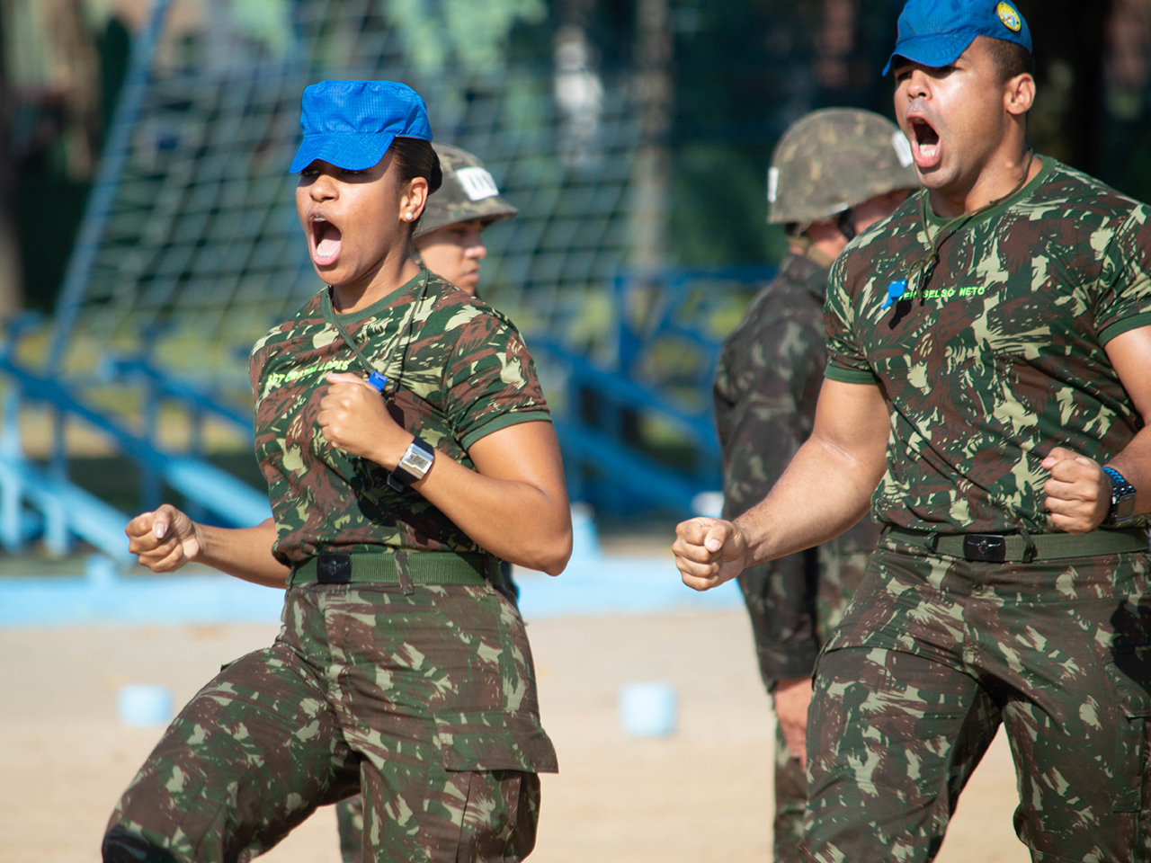 Nomeada primeira militar do segmento feminino para compor a equipe da Formação Básica Paraquedista