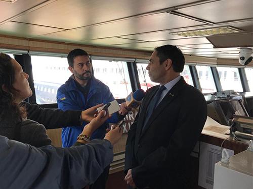 Embaixador do Brasil no Chile participa de Passagem de Comando do Navio Polar