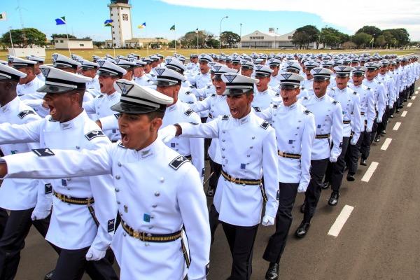 FAB abre vagas para Curso de Formação de Oficiais Aviadores, Intendentes e de Infantaria