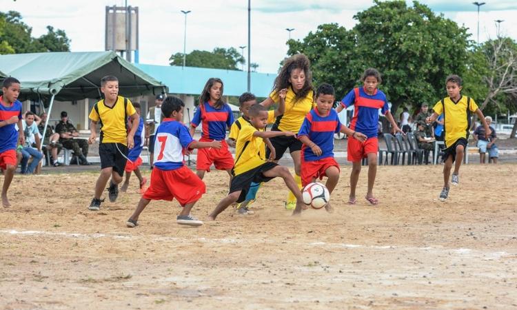 III Integra Acolhidão promove inclusão de imigrantes venezuelanos por meio do futebol