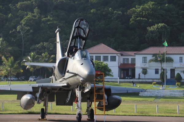 Base Aérea de Florianópolis apoia exercício da Marinha do Brasil