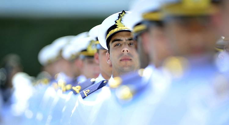 Marinha abre concurso para engenheiros