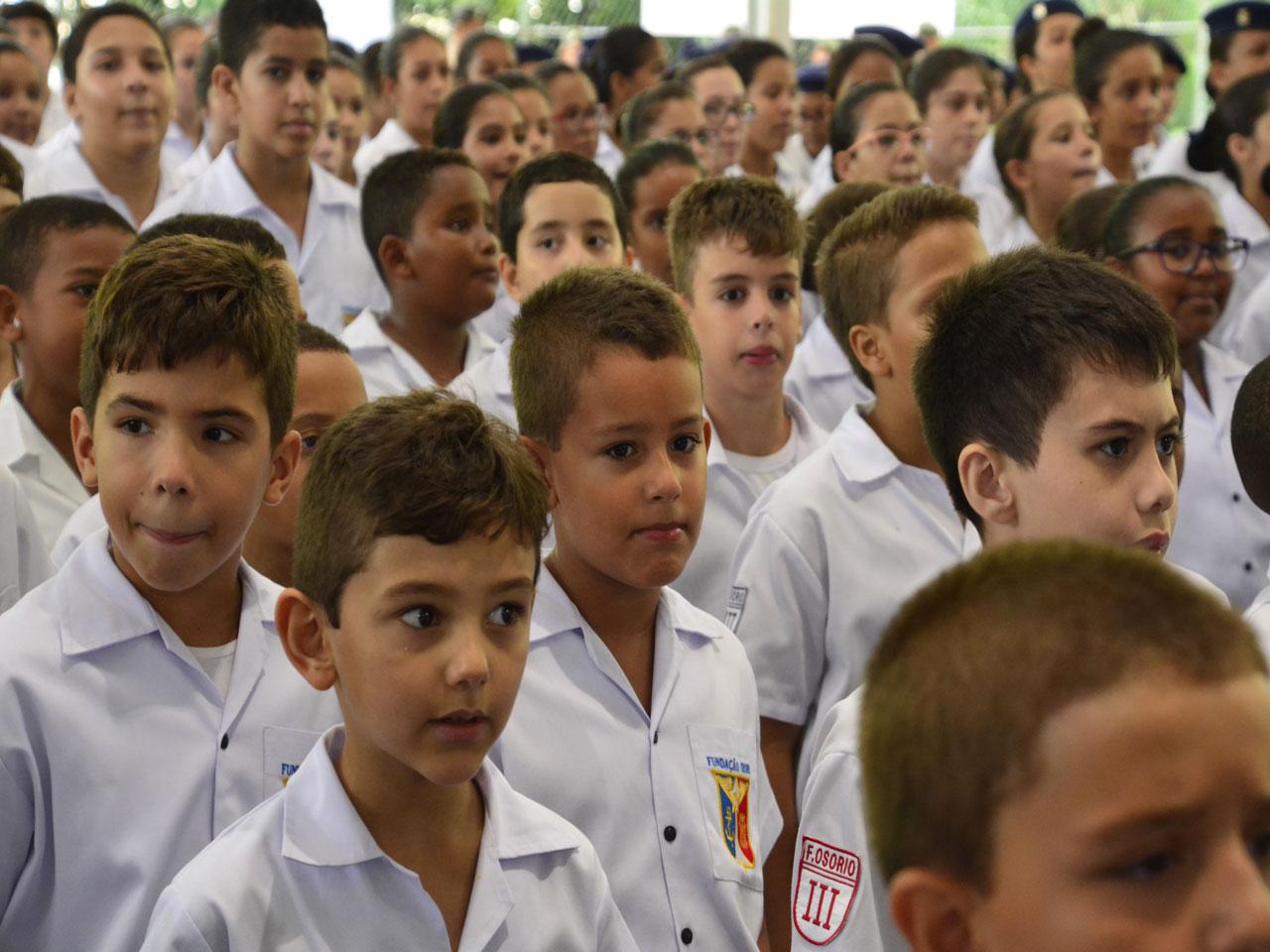 Fundação Osorio, tradicional escola pública federal vinculada ao CML, recepciona novos alunos de 2019