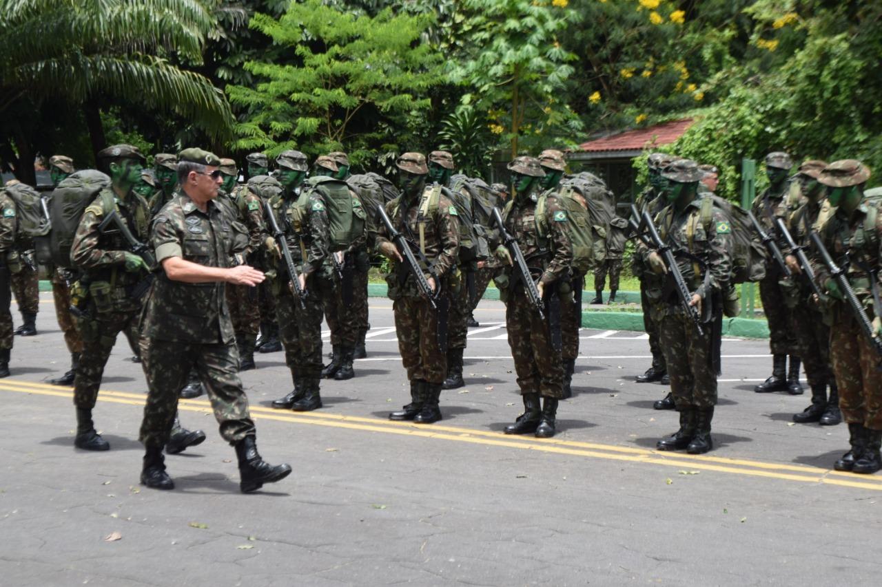 Em Manaus, Comandante do Exército agradece dedicação e compromisso diário de quem serve na Amazônia