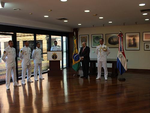Embaixada do Brasil no Paraguai promove cerimônia de apresentação e despedida de militares do Destacamento de Segurança