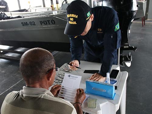 Marinha do Brasil apoia projeto de Oftalmologia Humanitária, no município de Humaitá-AM