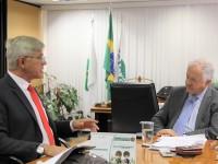 Censipam e Embrapa assinam contrato