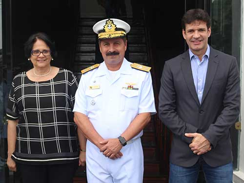 """Marinha do Brasil e Ministério das Mulheres celebram acordo para implantação da """"Casa Itinerante da Mulher Brasileira"""""""
