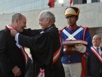 Ministro da Defesa recebe medalha da Ordem