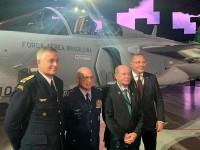 Brasil recebe aeronave Gripen