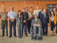 ESG entrega Diploma de Conferencista