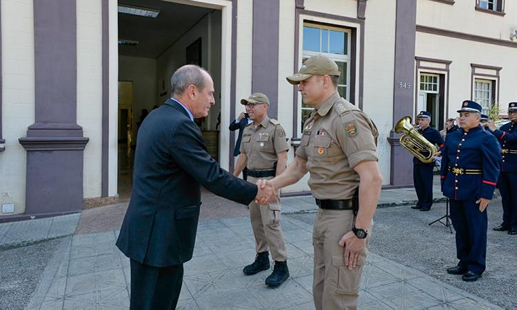 Ministro da Defesa visita o Quartel do Comando Geral da Polícia Militar de Santa Catarina e participa da 1ª Expo Defense