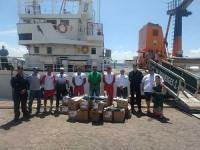 Marinha entrega material para intensificar trabalho de limpeza