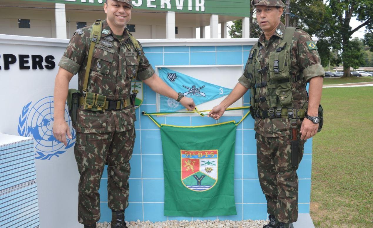51º BIS inaugura monumento em homenagem aos soldados da paz