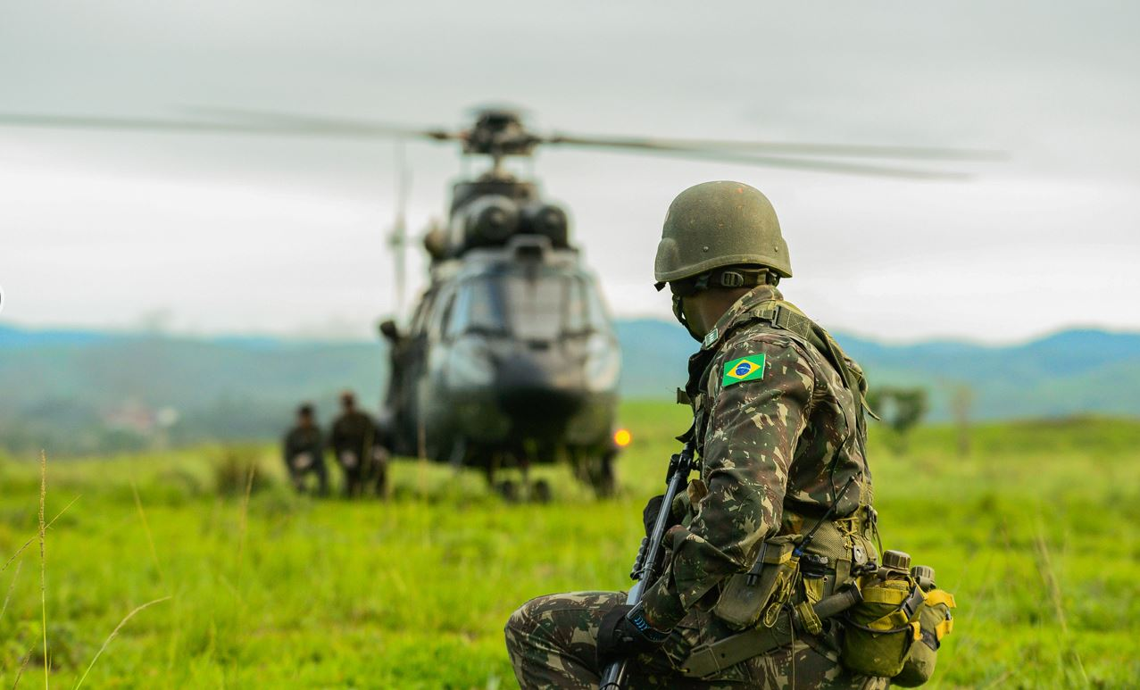 Estabelecimentos de ensino do Exército fecham o ano no maior exercício de adestramento da América Latina