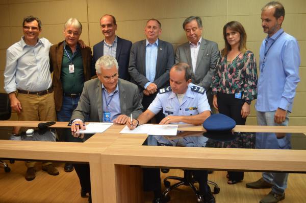 Ala 2 realiza parceria para treinamento físico dos pilotos do F-39 Gripen