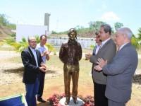CIAAR inaugura monumento em homenagem
