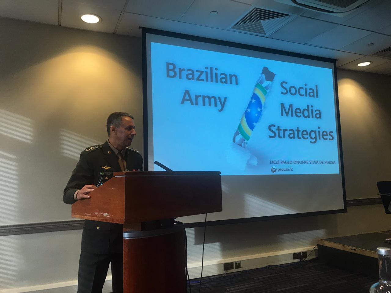 Centro de Comunicação Social do Exército apresenta, em Londres, estratégias empregadas nas mídias sociais