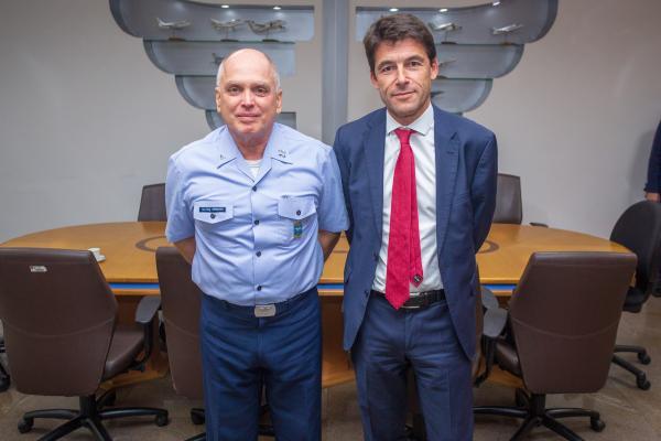 Comandante da Aeronáutica recebe CEO da Airbus Helicopters