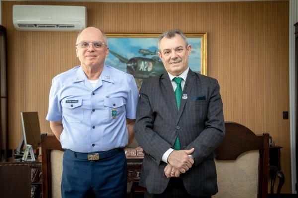 Comandante da Aeronáutica recebe Desembargador do Tribunal de Justiça da Bahia