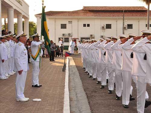 Comando do 6º Distrito Naval forma 61 marinheiros-recrutas