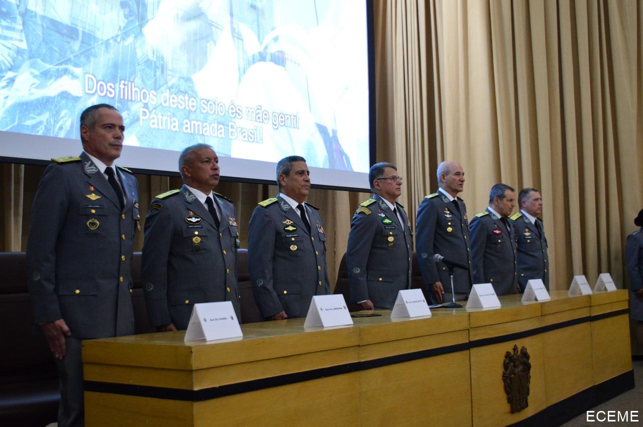 Encerramento e Diplomação dos Cursos da Escola de Comando e Estado-Maior do Exército