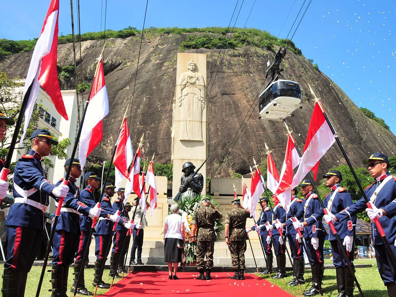 Intentona Comunista de 1935 é relembrada em cerimônia militar realizada no Rio de Janeiro