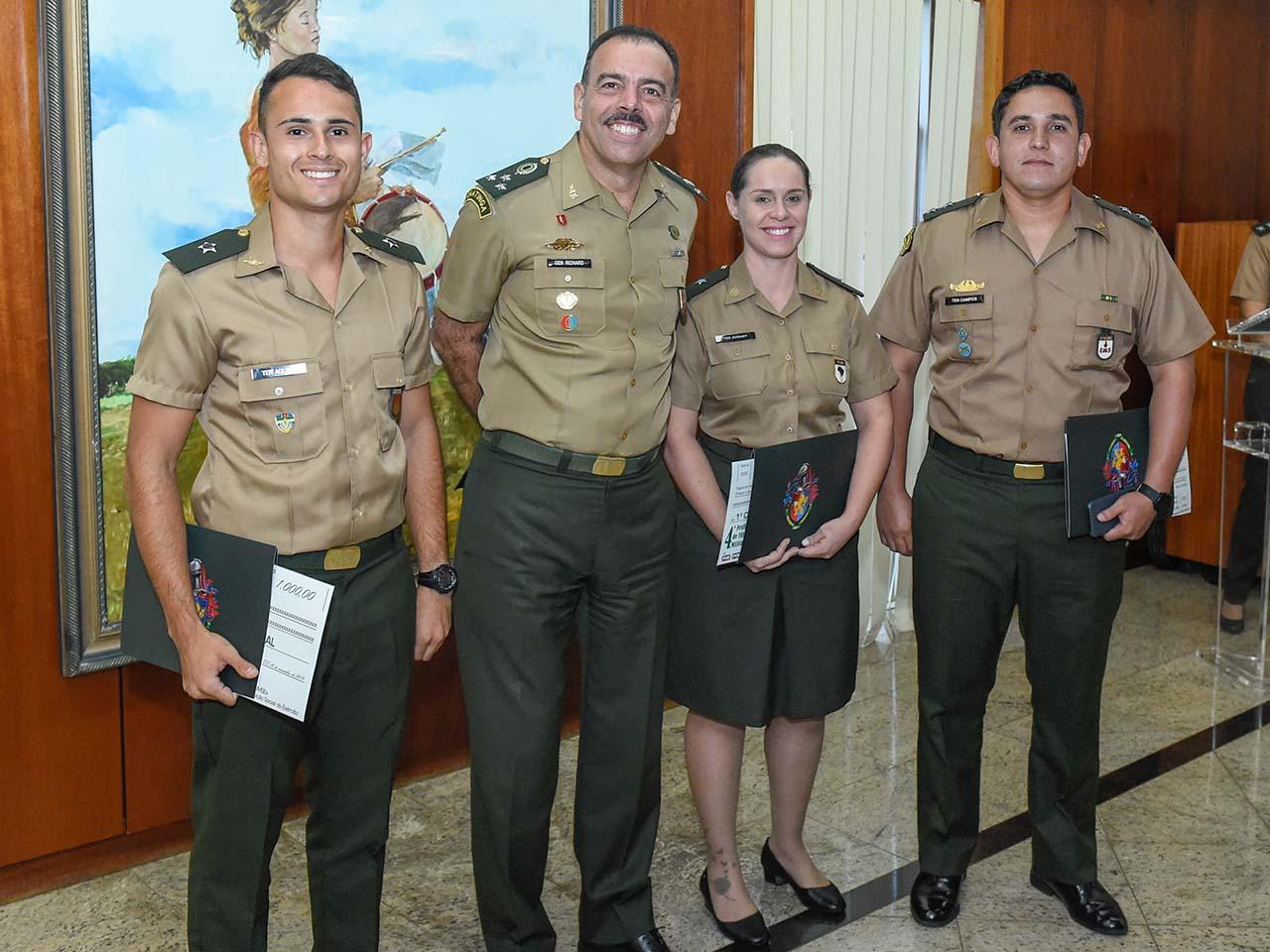 Premiação do 4º Festival de Filmes Militares reúne vencedores de diferentes organizações militares