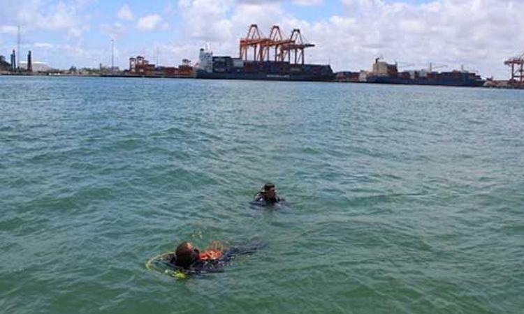 Marinha, Exército, Corpo de Bombeiros e Ibama atuam no combate às manchas de óleo no Nordeste