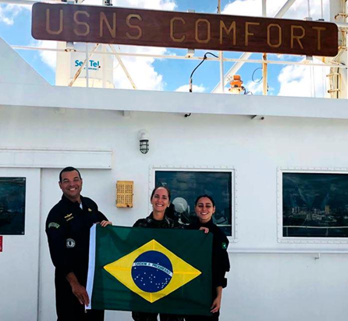 Militares brasileiros participam de missão do navio-hospital USNS Comfort, da Marinha americana