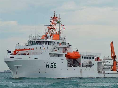 "Navio de Pesquisa Hidroceanográfico ""Vital de Oliveira"" realiza comissão de levantamento ambiental"