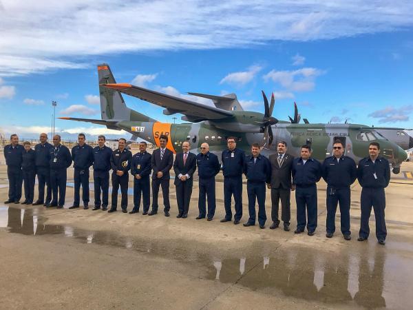 Segunda aeronave SC-105 da FAB é entregue em Sevilha, na Espanha