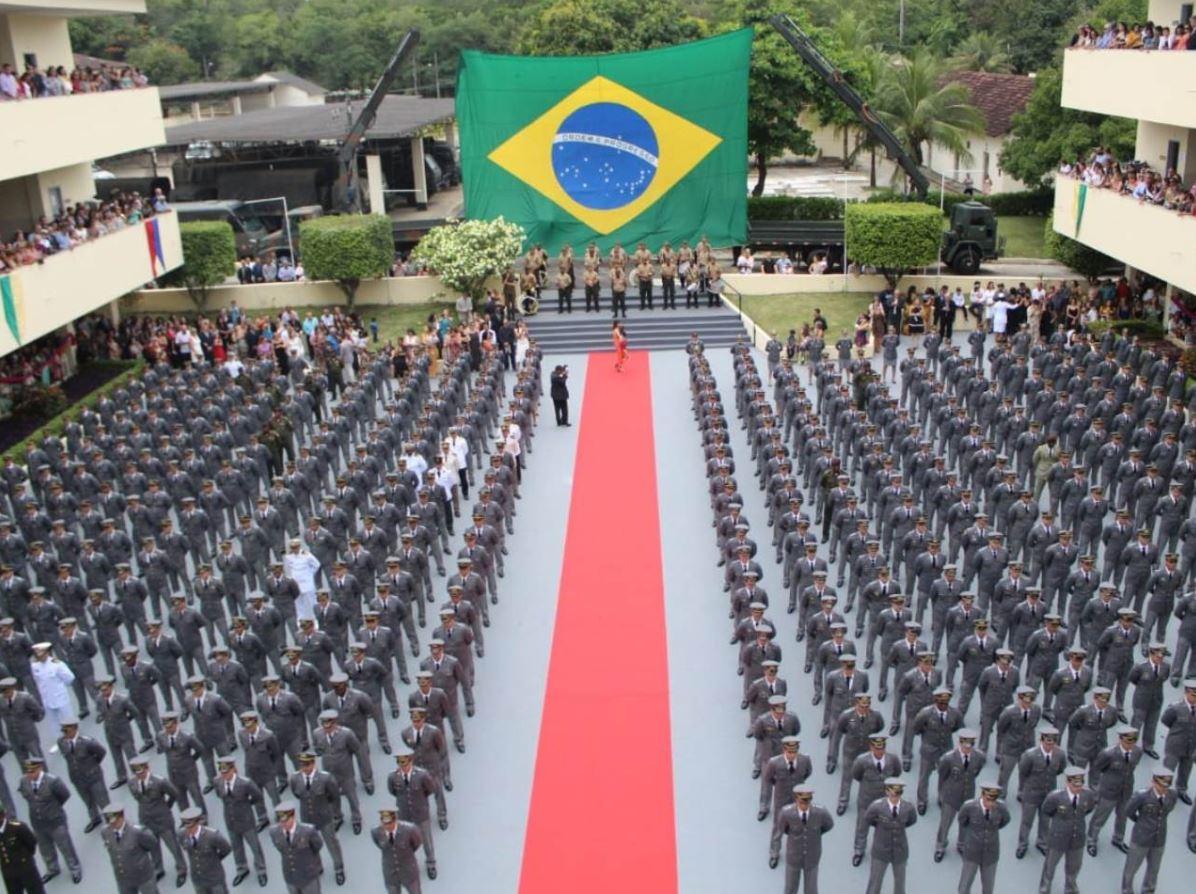 Formatura de diplomação da Escola de Aperfeiçoamento de Oficiais