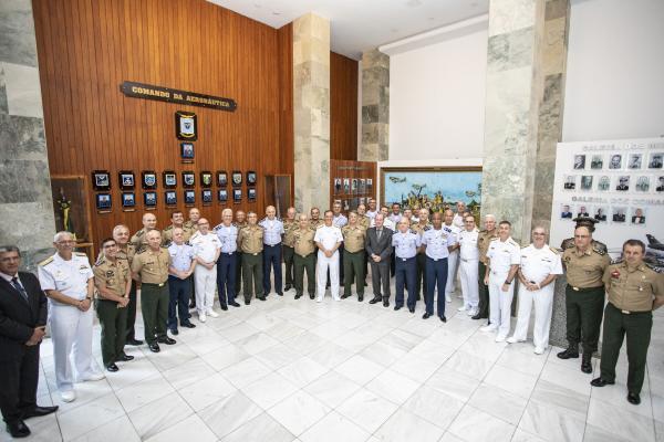Força Aérea sedia reunião conjunta do Alto-Comando das Forças Armadas