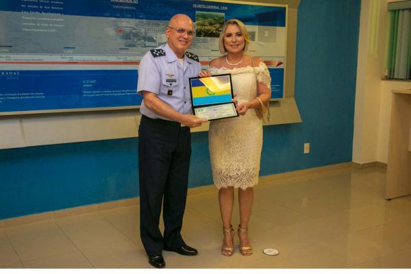 Comandante da Aeronáutica recebe Título de Cidadão Honorífico de Parnamirim