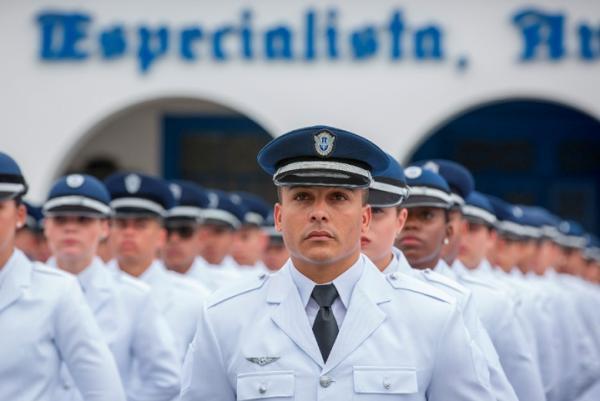 FAB abre 156 vagas para o Estágio de Adaptação à Graduação de Sargento