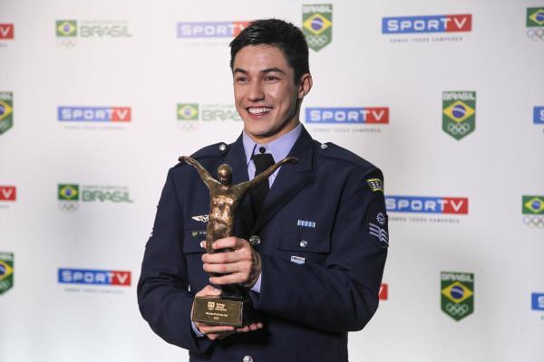 Ginasta da Força Aérea Brasileira conquista prêmio de melhor atleta de 2019