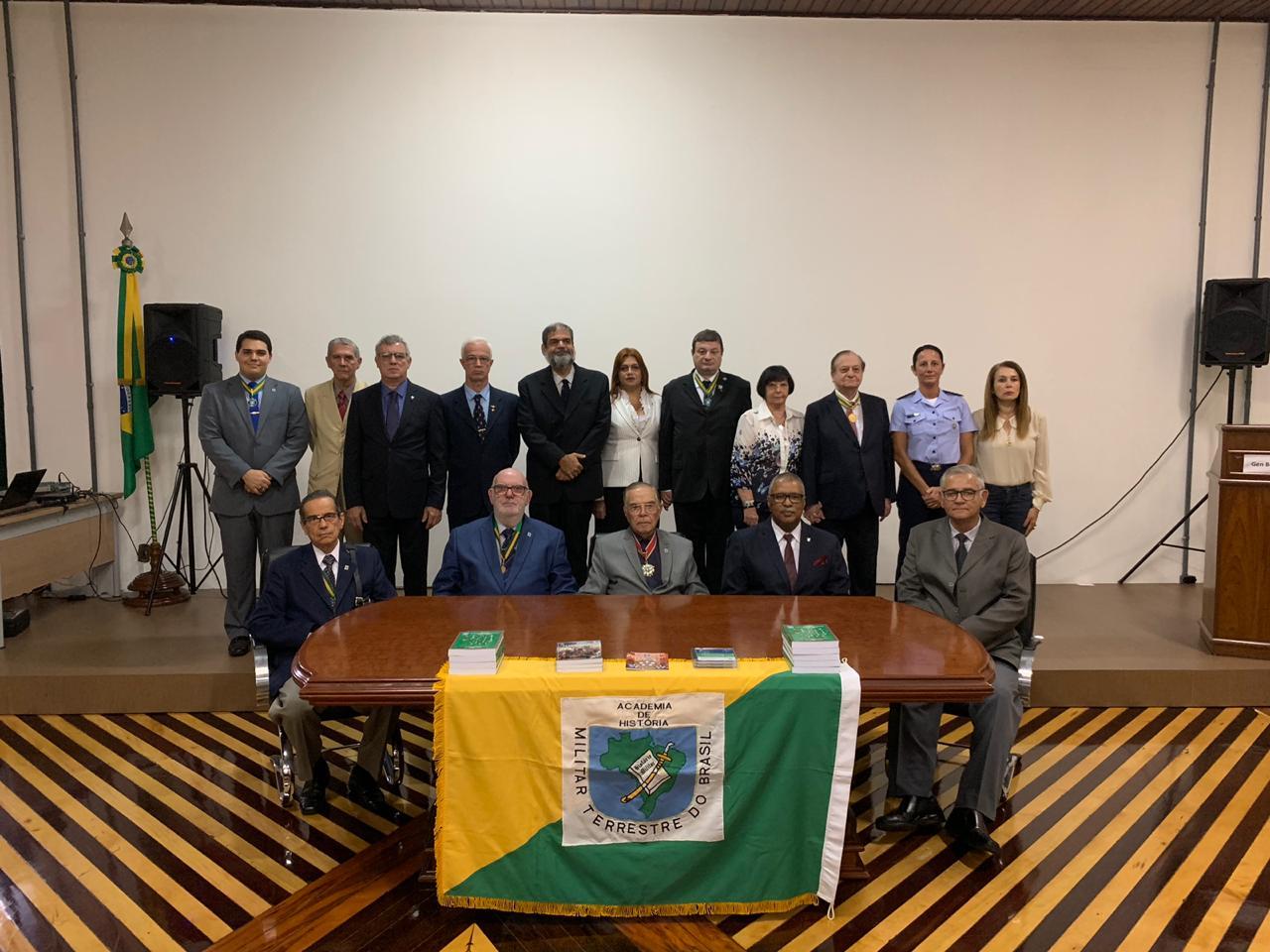 Sessão Solene na Academia de História Militar Terrestre do Brasil