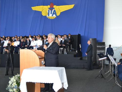 Marinha forma três engenheiros no Instituto Tecnológico da Aeronáutica