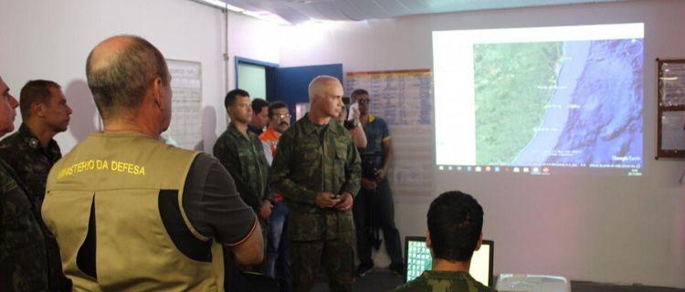 Ministro da Defesa visita Navio Capitânia da Operação Amazônia Azul