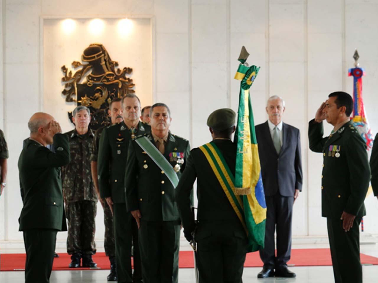 Passagens de cargos de oficiais-generais no âmbito do Estado-Maior do Exército