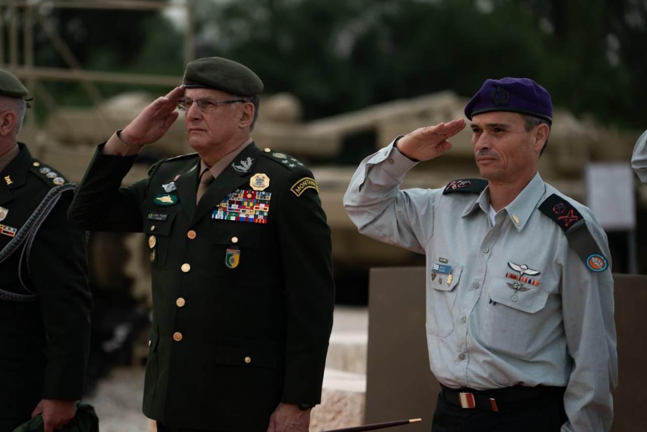 Reunião de Diplomacia Militar entre os Comandantes do Exército Brasileiro e do Exército Israelense