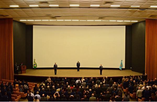 Academia da Força Aérea realiza cerimônia de Passagem de Comando