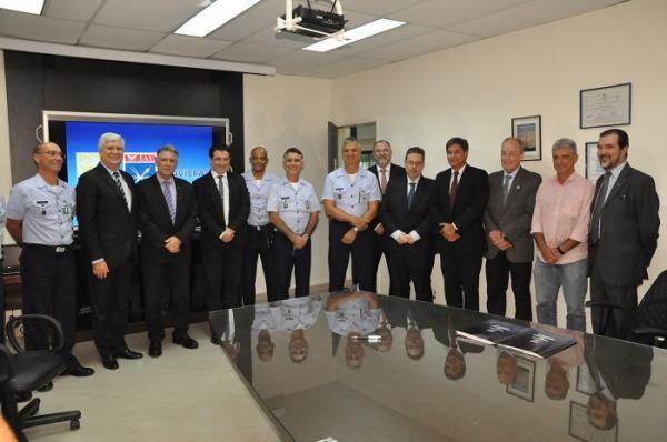 FAB e Avibras assinam Contrato de Transferência de Tecnologia do Foguete Espacial VSB-30